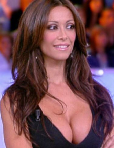 Sara-Varone-Presentatrice-TV-la-plus-voluptueuse.jpg