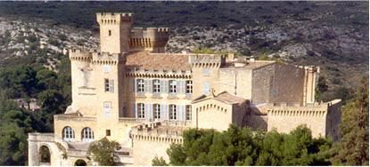 chateau-barben-ext-2-copie-1.JPG