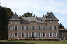 chateau-chambost-ext-2.JPG