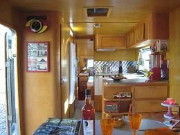 airstream-vintage-int1