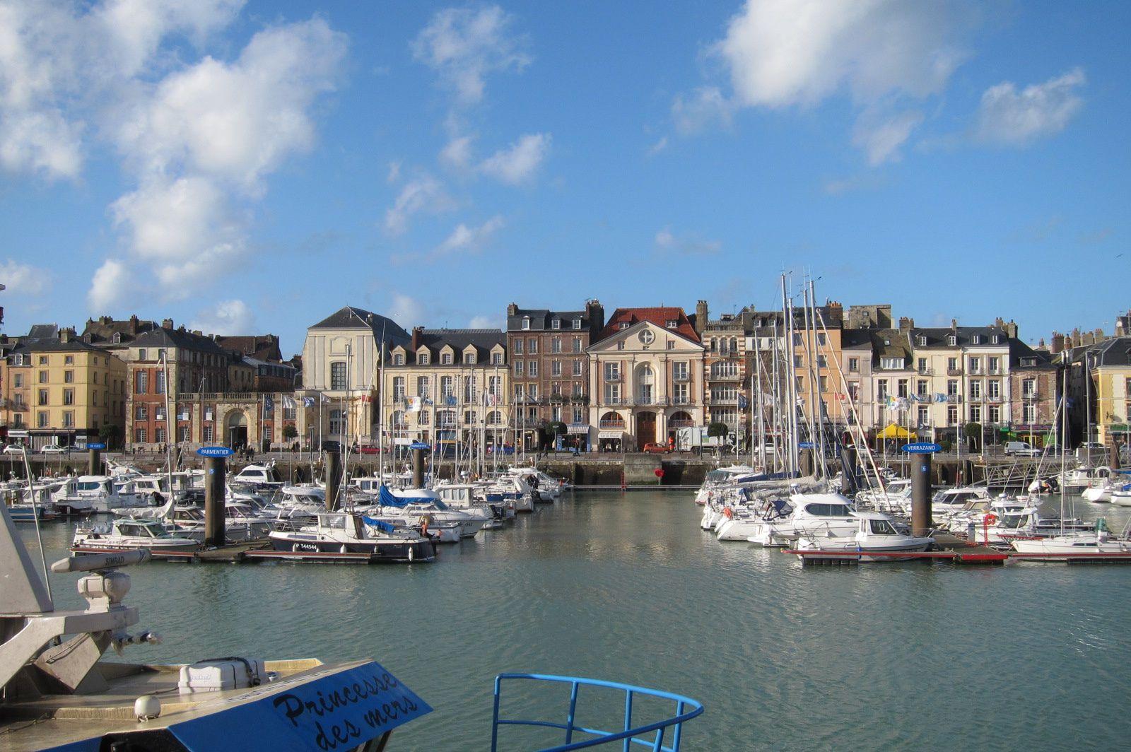Hotel Dieppe Pres Du Port