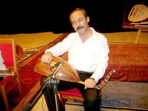 Turc-Necati-avant-le-concert.jpg