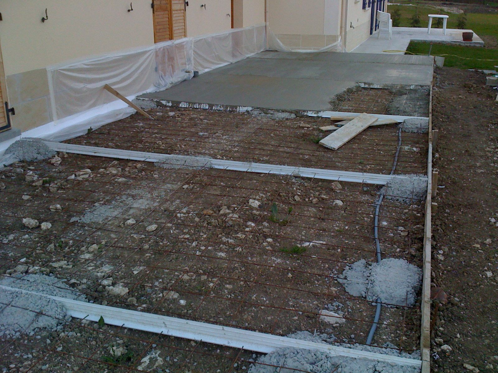 Faire une dalle beton exterieur 28 images comment for Poser carrelage terrasse dalle beton
