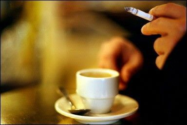 cafe cigarette