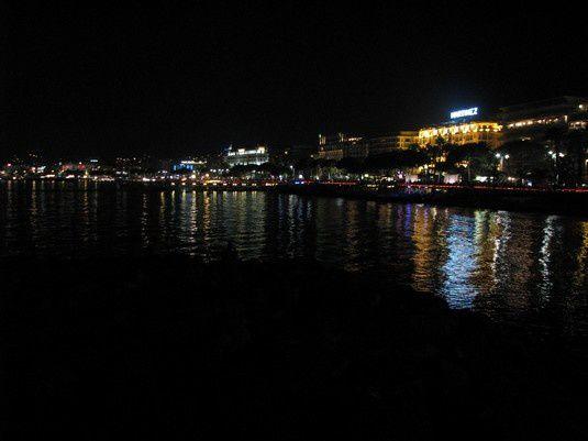 Cannes_nuit.jpg