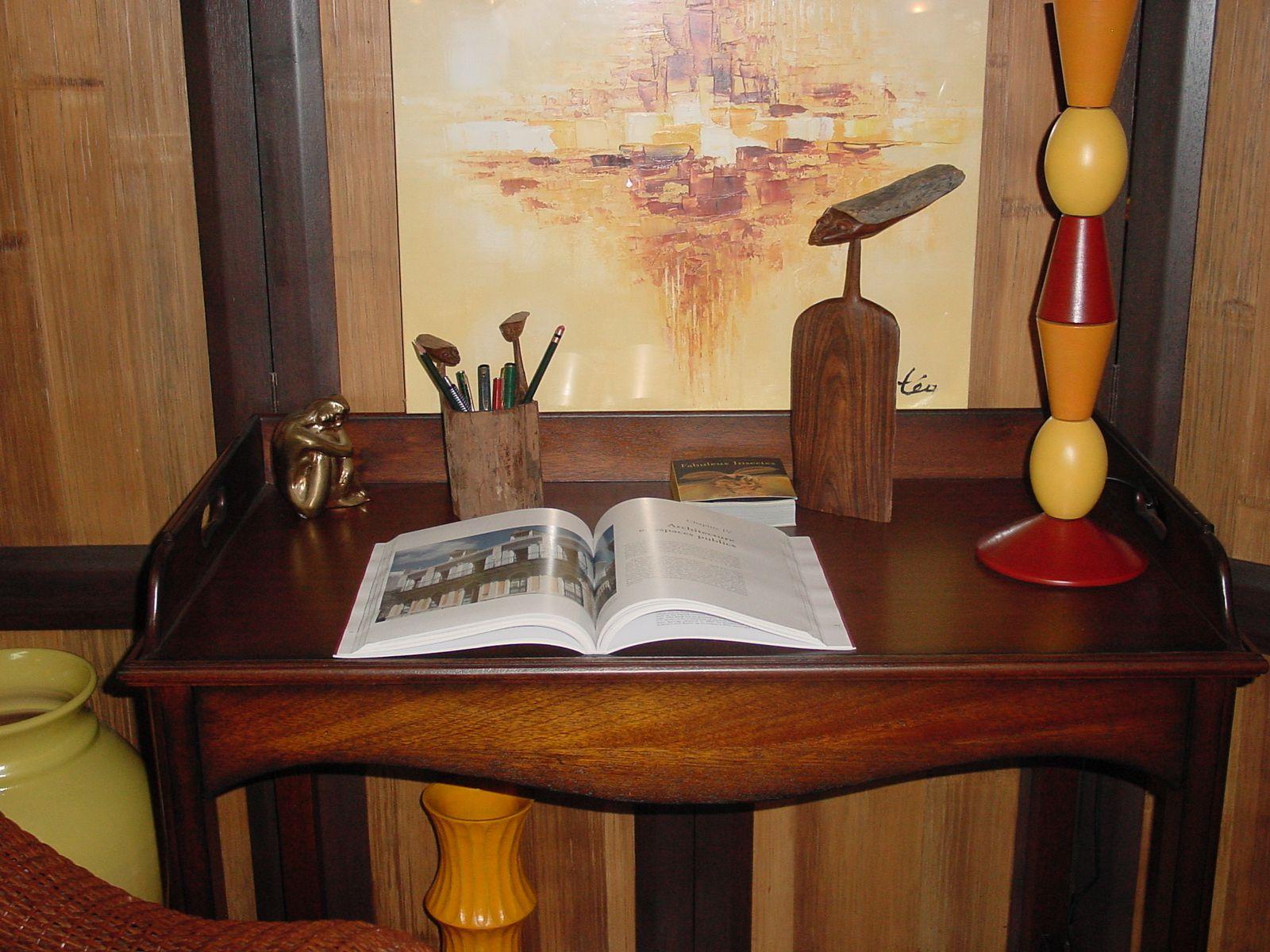Album consoles etageres et autres meubles de rangement le