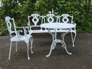 Awesome table de jardin fonte aluminium gallery awesome interior home satellite - Salon de jardin fonte aluminium ...