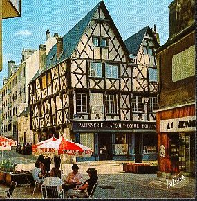 Bourges---6.jpg