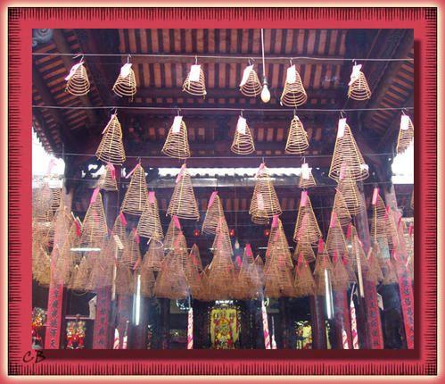 Vietnam encens suspendus