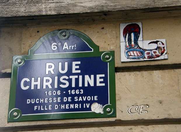 Paris rue Christine