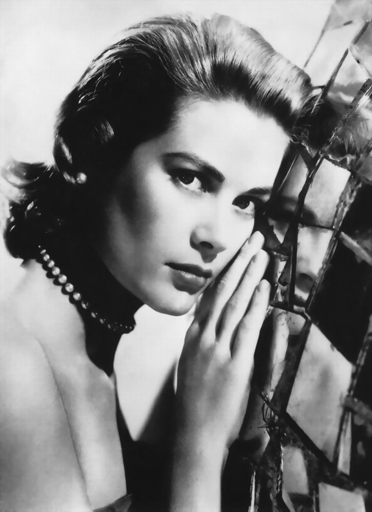Grace Kelly - Actrice - Masque