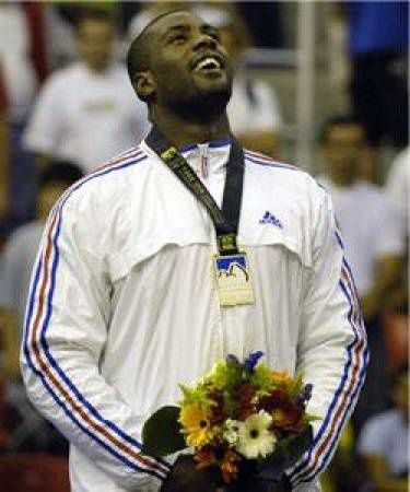 thumbs_teddy-riner.jpg
