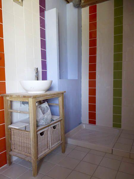 La petite salle de bains dans la prairie cechenou - Muret carreau de platre ...