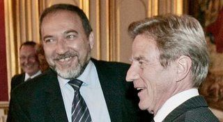 Lieberman-Kouchner-souriants.jpg