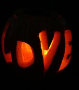 love-pumpkin.jpg