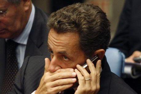 sarko-mobiles-Reuters.jpg