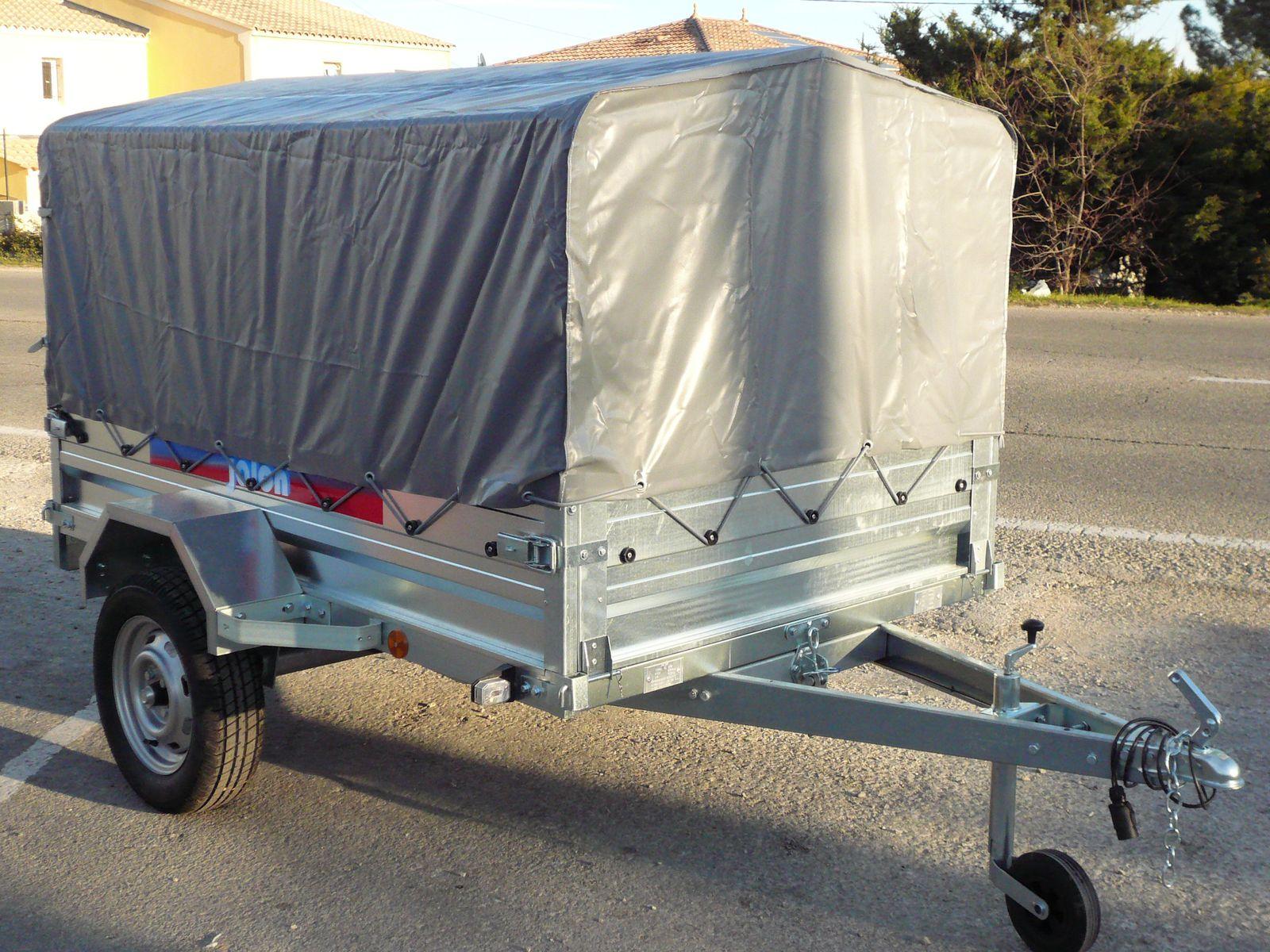Remorque moto bach e courroie de transport for Accessoire bache