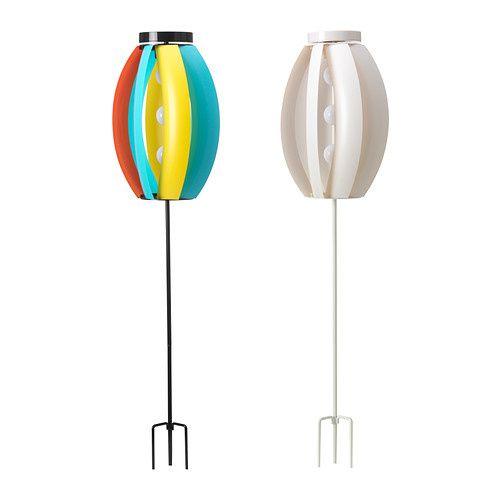 SOLVINDEN Éclairage solaire/éolienne IKEA Crée des effets de lumière décoratifs lorsqu'il tourne sous l'effet du vent.