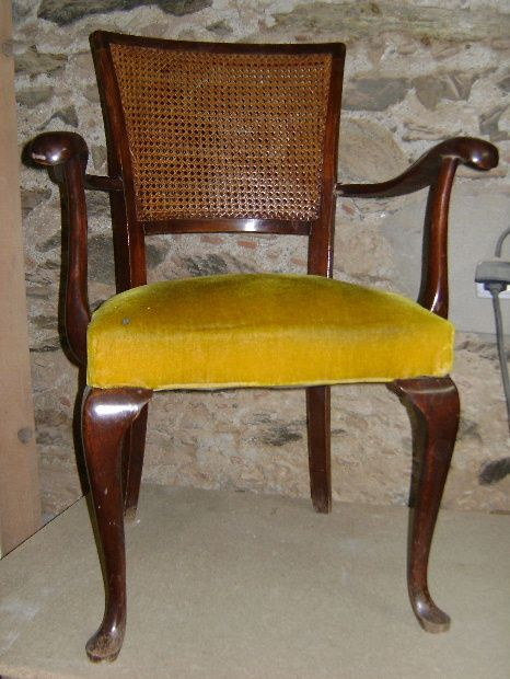 R paration d 39 un accoudoir de chaise le blog de s gui christian - Reparation chaise bois ...