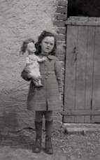 Pauline 1945