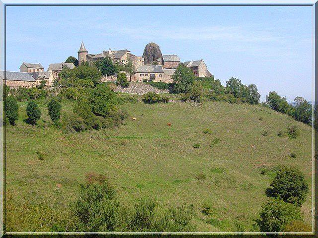 Voyez vous le château de Roquelaure ?