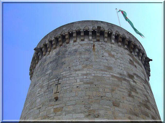 La tour Mataguerre est le symbole de la cité de Périgueux