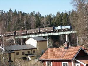 Train-pont2.JPG