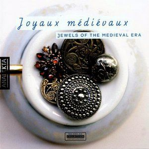 Joyaux médiévaux-Jewels of the medieval ERA-300x300