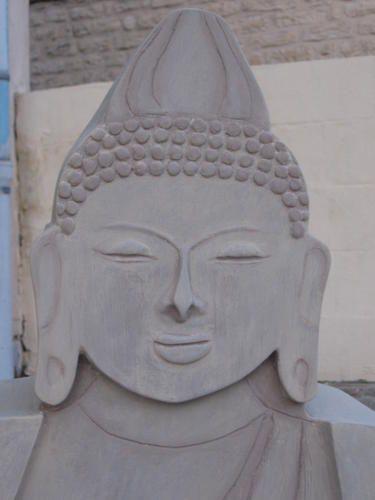 Bouddha tout en carton meubles en carton marie krtonne - Donne carton demenagement gratuit ...