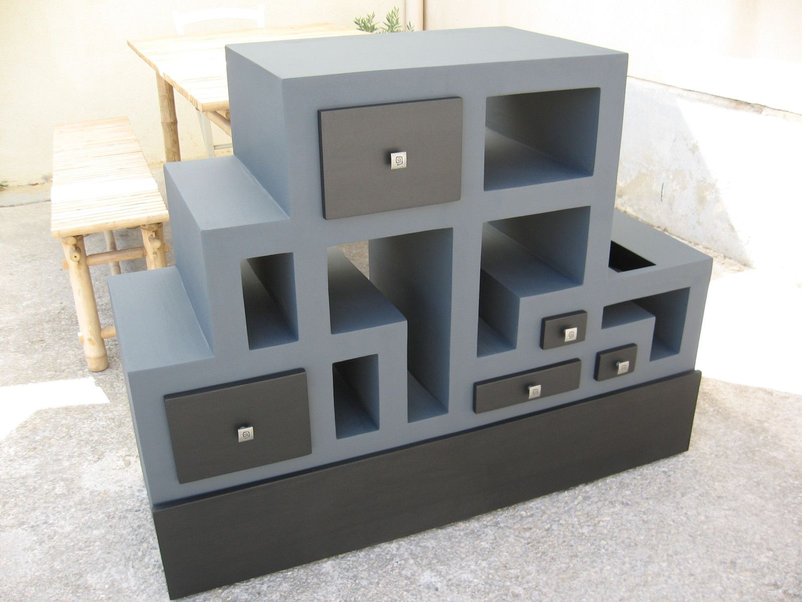 1 re partie du meuble t l en carton termin meubles en carton marie krtonne. Black Bedroom Furniture Sets. Home Design Ideas