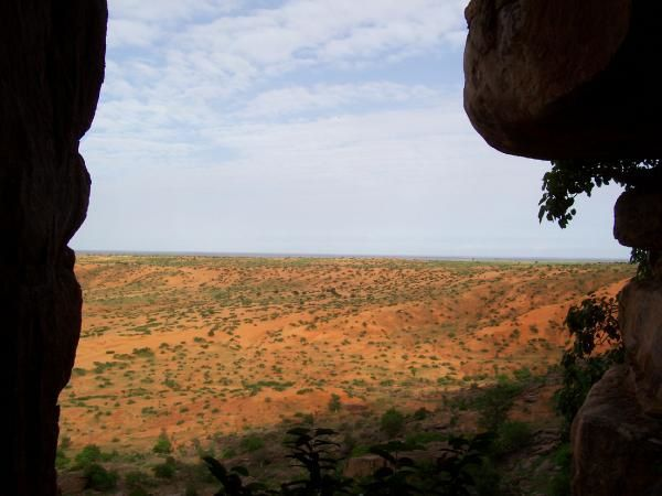 Photo061c---Premi--re-vue-du-Pays-Dogon.jpg