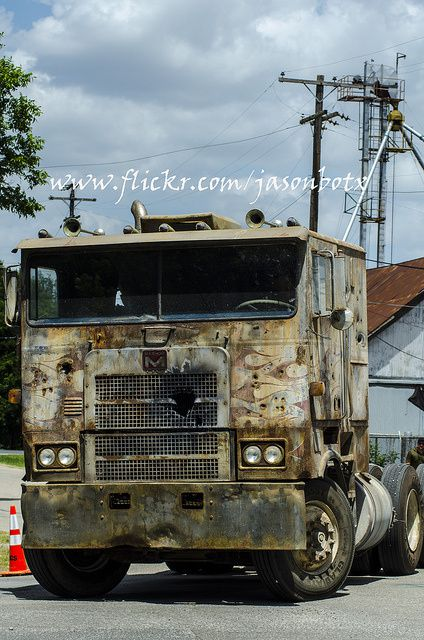 Transformers-4---Tournage-Camion-04.jpg