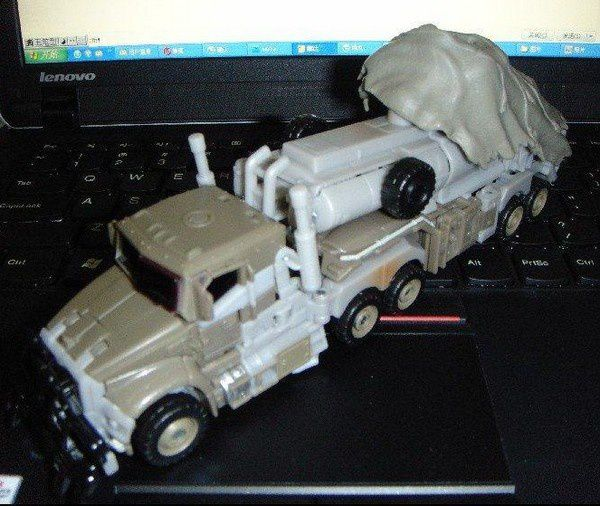 Transformers 3 Toys Truck 01