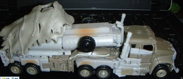 Transformers 3 Toys Truck 02