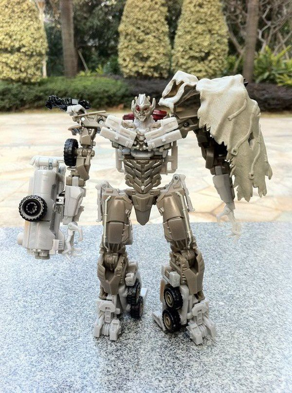 Transformers 3 Toys Truck 05