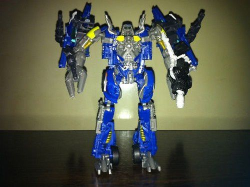 Transformers 3 Toys Blue Weckers