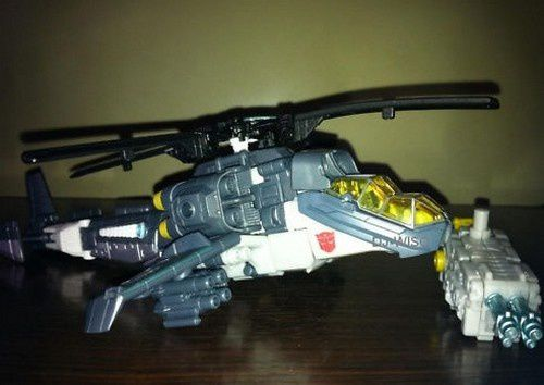 Transformers 3 Toys Helicopter Autobot 02