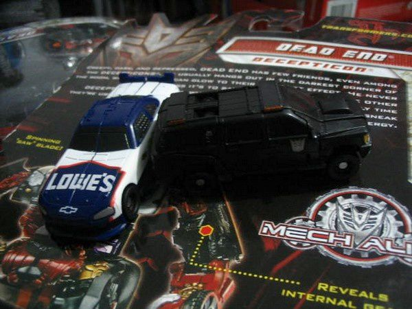 Transformers 3 DOTM - Wreckers 03 + Suburban Decepticon Toy