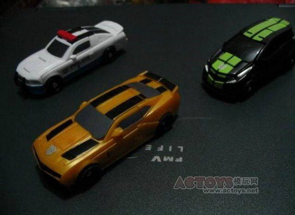 Transformers 3 - Toys Legends Barricade Skids and -copie-2