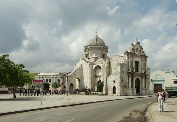 La-Havane----L---glise-de-Paula-sur-l-avenida-des-puerto---2007-04-13---JB-numKM---2574a.jpg