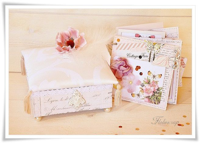 Mini-album-with-box-Floliescrap 0105 (2)
