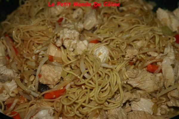 Un wok rapide pour des invit s impr vus le petit monde - Recette de cuisine rapide pour le soir ...
