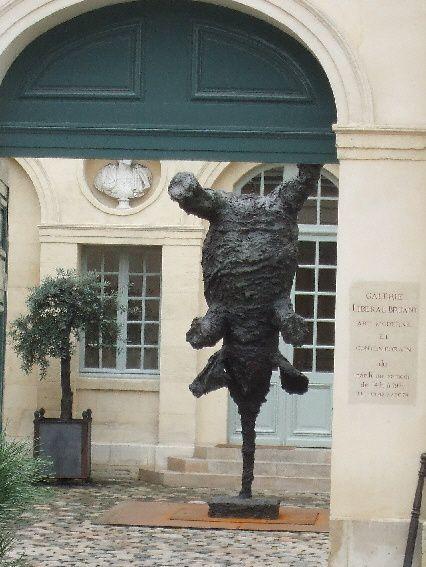 Rue-de-la-perle-acrobatie2.jpg
