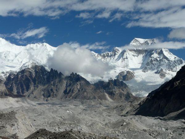 N (311) Moraine et glacier