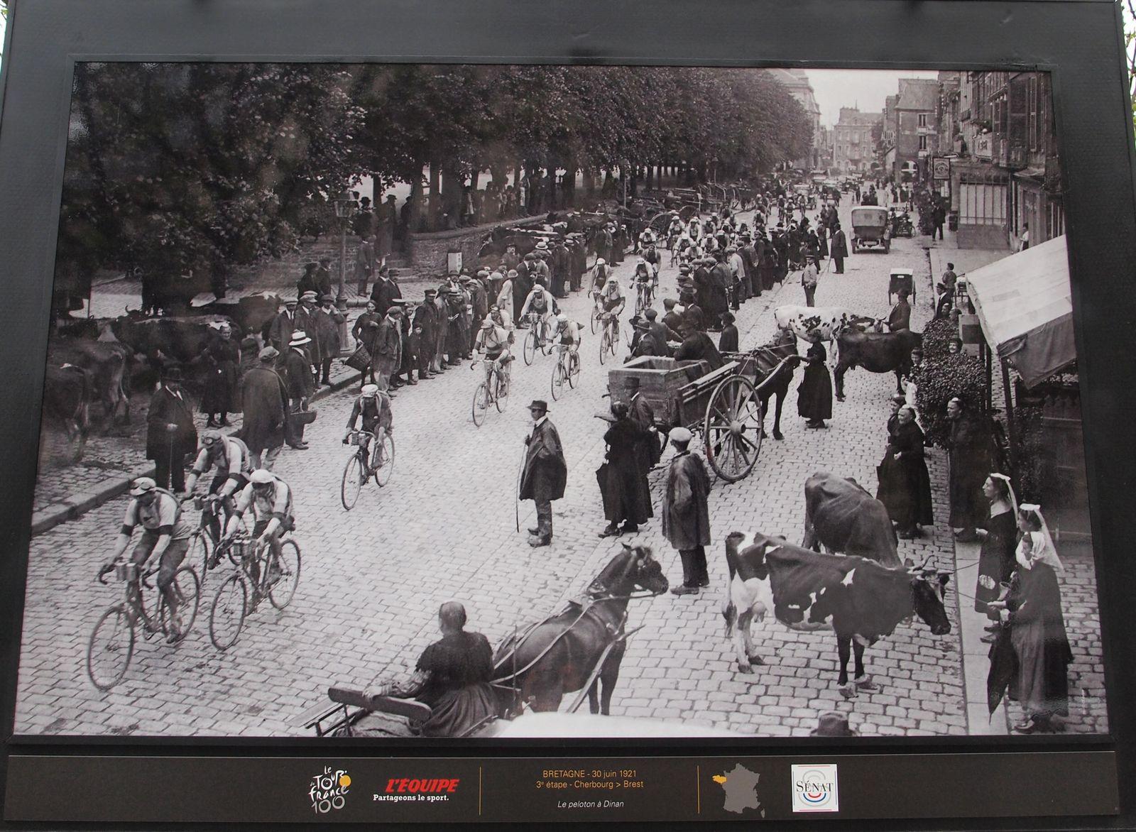 Tour-de-France-1921-dinan-Bretagne.JPG