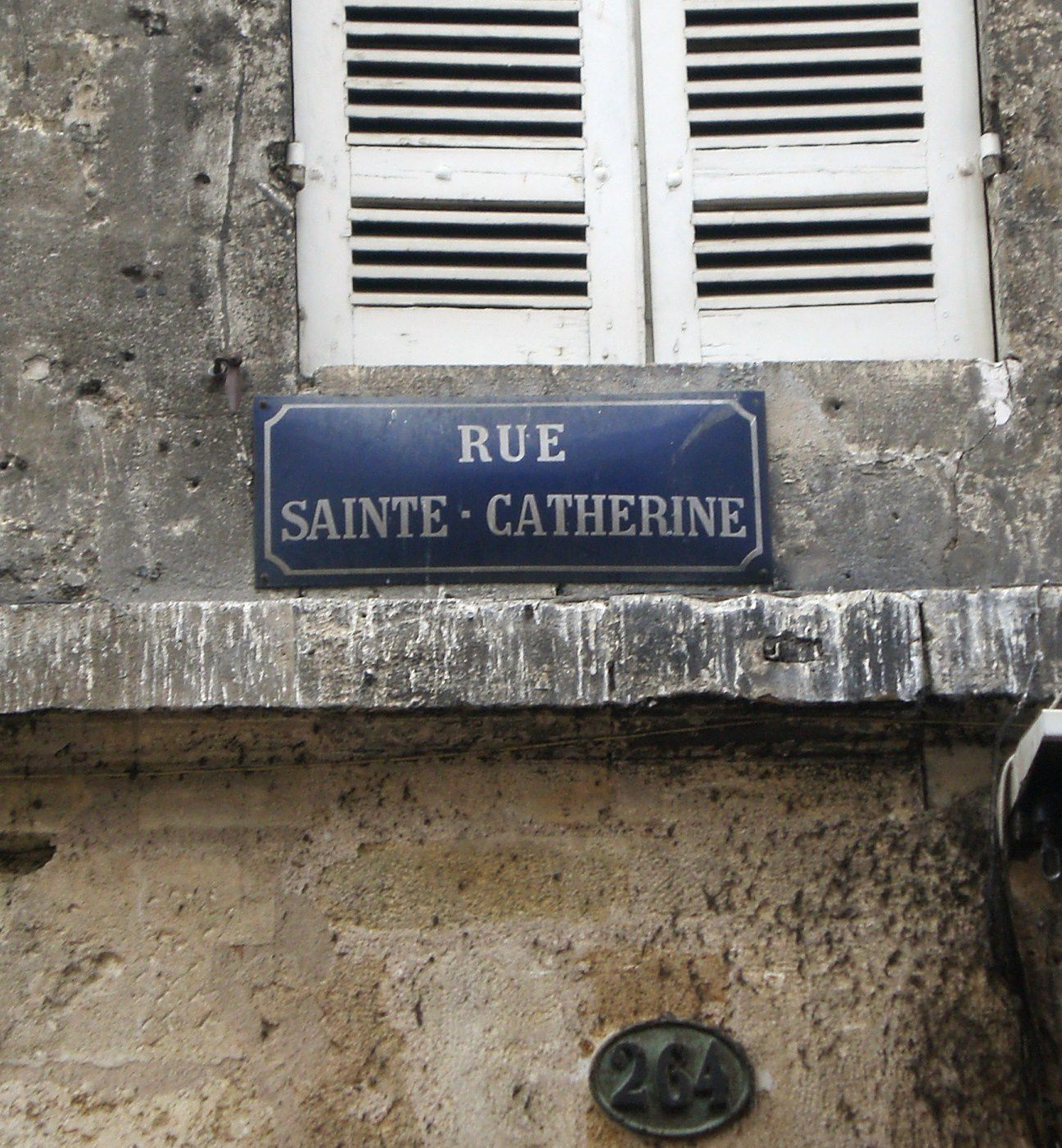 Plaque-rue-Sainte-Catherine.JPG