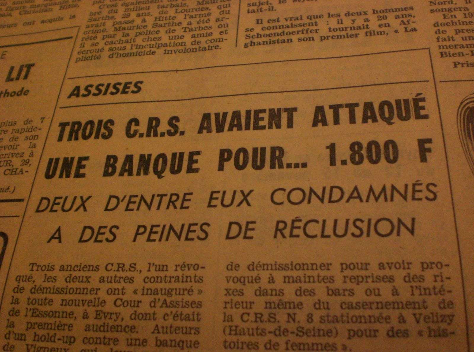 3-CRS-attaquent-une-banque.JPG