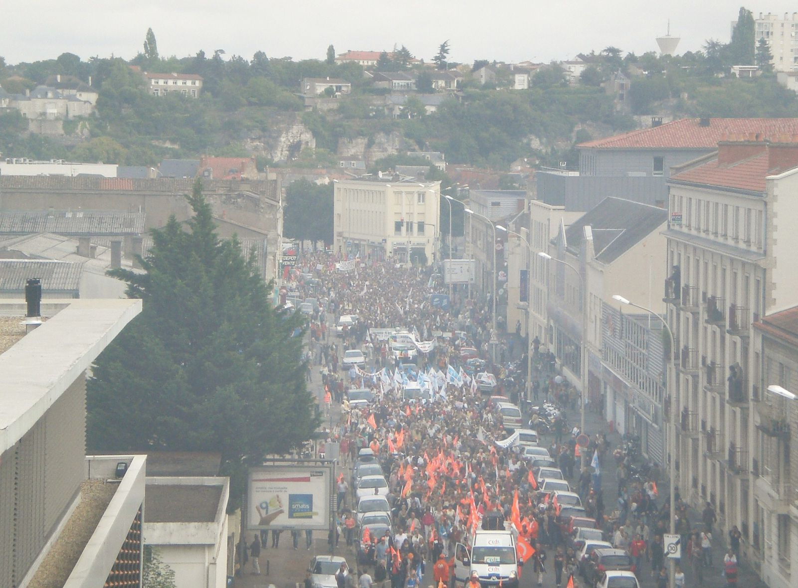 Zoom-sur-manif-Bvd-Grand-cerf-copie-1.JPG