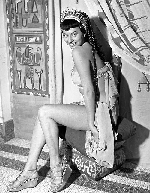 fSophia-Loren---1953---Two-Nights-with-Cleopatra.jpg