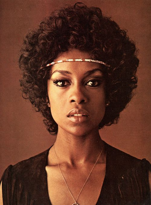 Lola-Falana-by-Jerry-Davis-for-Evergreen-Review--1971-.jpg